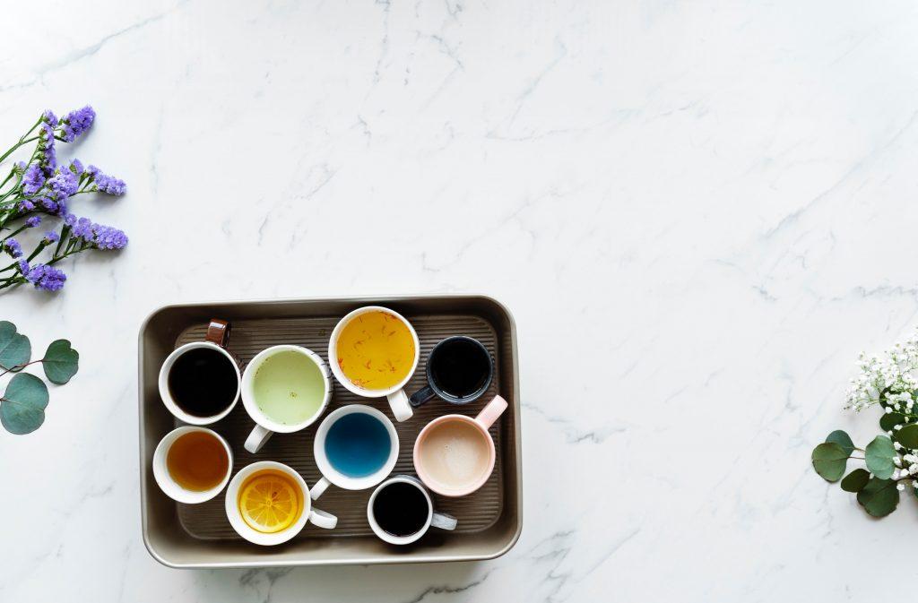 mugs of drinks